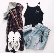 t9azdb-l-610x610-coat-grunge-flannel+shirt-crop+tops-tumblr+outfit-cute-aesthetic-pastel--black-halter+crop-halter-graphic+tee